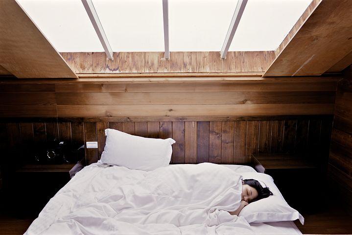 sleep-1209288__480